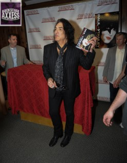 Paul Stanley Book Signing Bookends Ridgewood, NJ 4-9-14 086 (1)