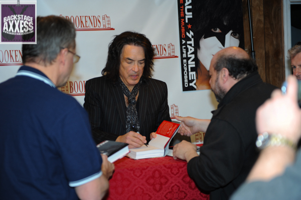 Paul Stanley Book Signing Bookends Ridgewood, NJ 4-9-14 094