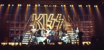 KISS Stage 1977
