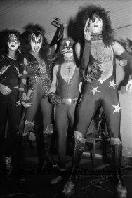 den-1976-11