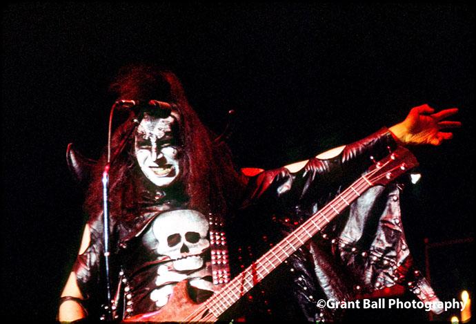 kiss 1975-1973