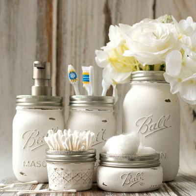 16 Gorgeous Uses For Your Mason Jar