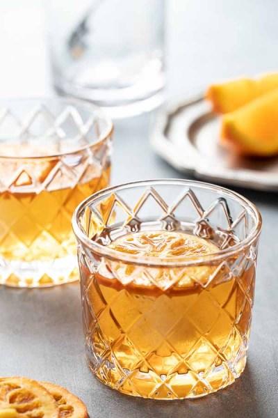 Bourbon cocktails Hero Shot