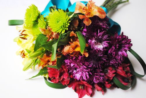 How to Make an Ugly Supermarket Arrangement into a Lovely Wedding Bouquet Step Four
