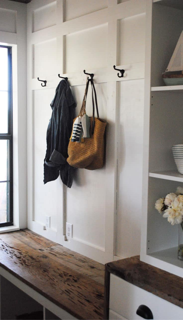 How To Style A Rustic Farmhouse Entryway
