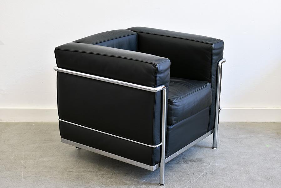 Lc2 Sessel Le Corbusier Cassina Designklassiker Schweiz