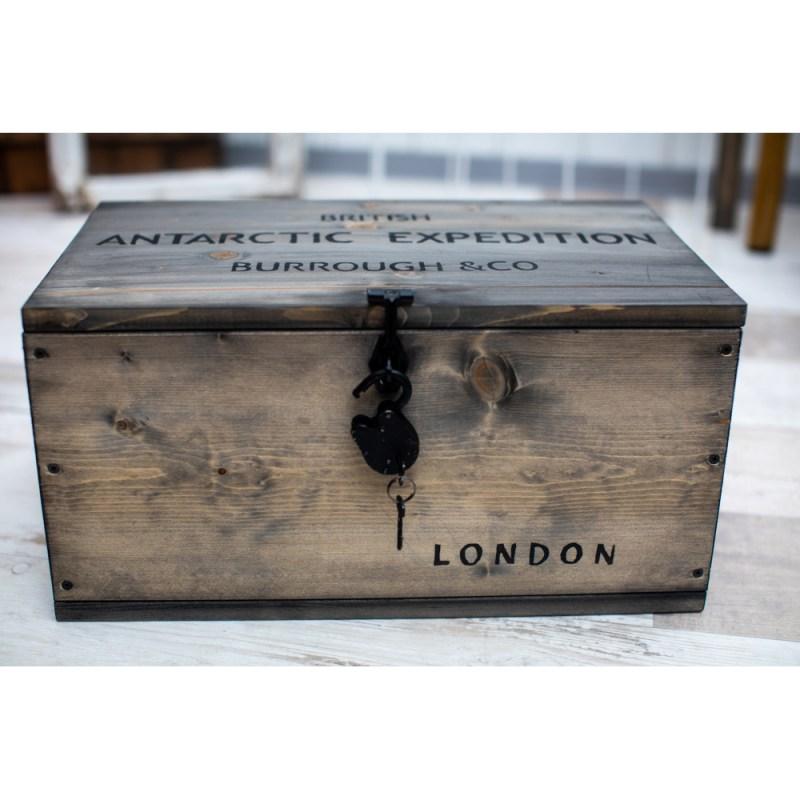 Kistenjack-Vintagemöbel-Accessoires-Holztisch-Truhe-Kiste-025