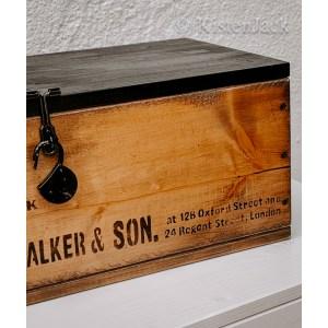 Kistenjack-Möbel-Accessoires-Couchtisch-Holzkiste-handarbeit-014