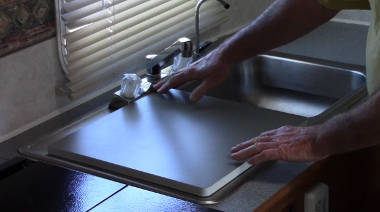 Kitchen Sink with Cover