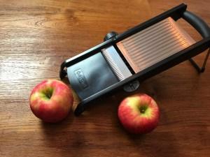 KitchAnnette Apple Chips Mandolin