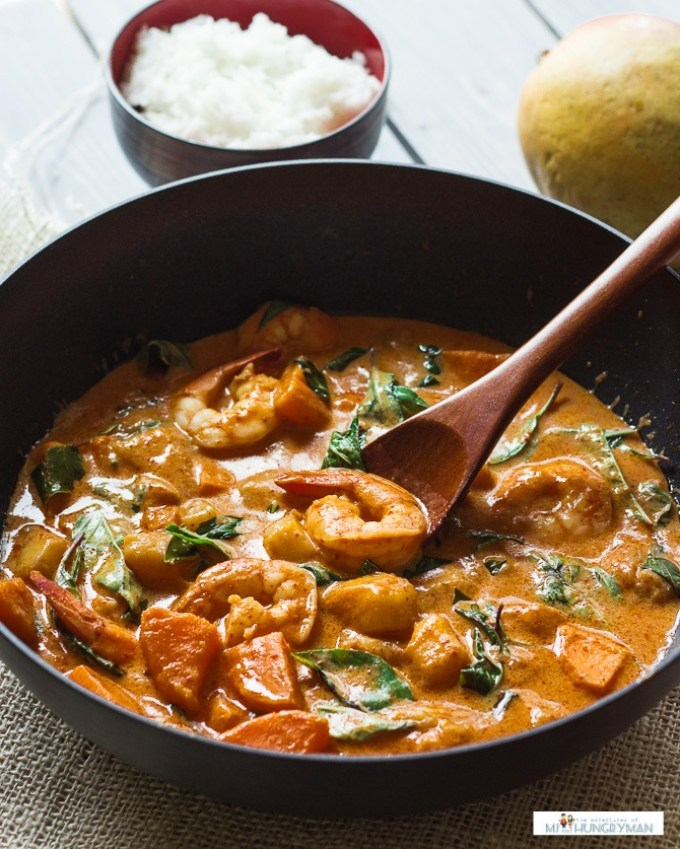 Thai-Red-Curry-with-Shrimp-and-Mango