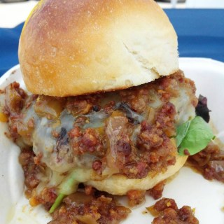 Dishin' It Up – September 2016 Edition: svantes stuffed burgers
