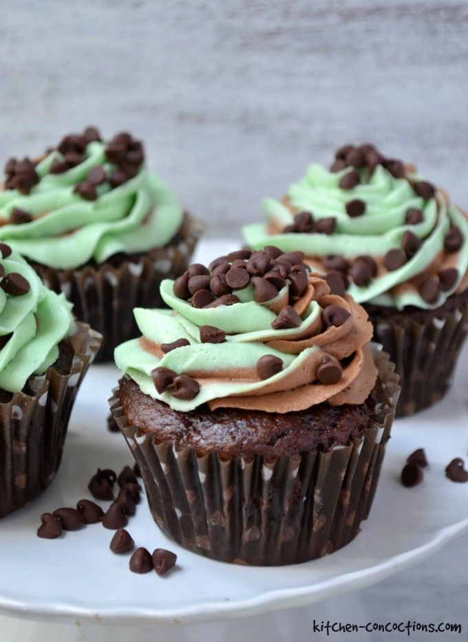Mint Chocolate Chip Cupcakes