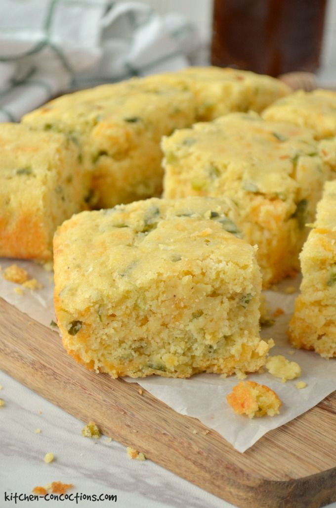 Jalapeno Cheddar Cornbread Recipe - close up shot of sliced cornbread on cutting board