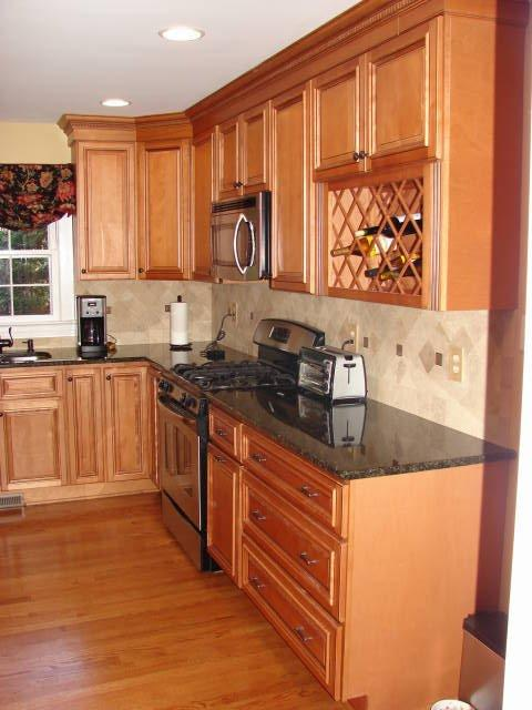 wood kitchen cabinets | Kitchen Cabinet Value on Maple Cabinets  id=83473