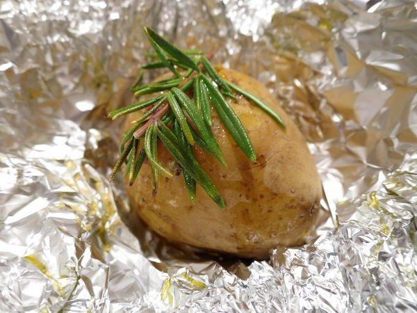 Ofenkartoffel als Fondue Beilagen