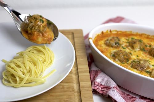 Chili-Meatballs mit Linguine