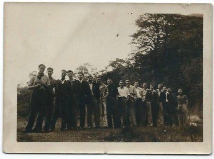 Richborough Camp, Sandwich, Herbert Nachmann, 7th from the right, with friends from the Berlin ORT, in Leeds,