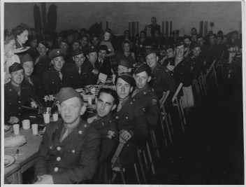 Richborough camp, Erich Silbermann, Pesach Seder, Britain, April 1944