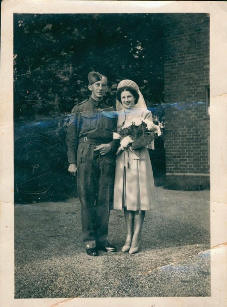 Kitchener camp 1939, Erich Peritz, Pioneer Corps