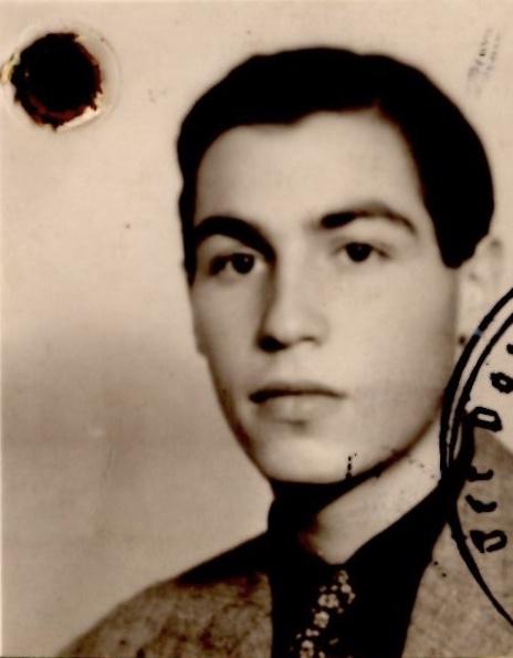 Kitchener camp, Robert Mildwurm, Photograph from German passport