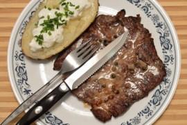 3 peppercorn steak