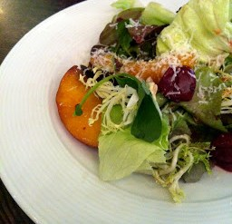 oliver & bonacini cafe & grill summerlicious 2013 organic lollo rossa green salad