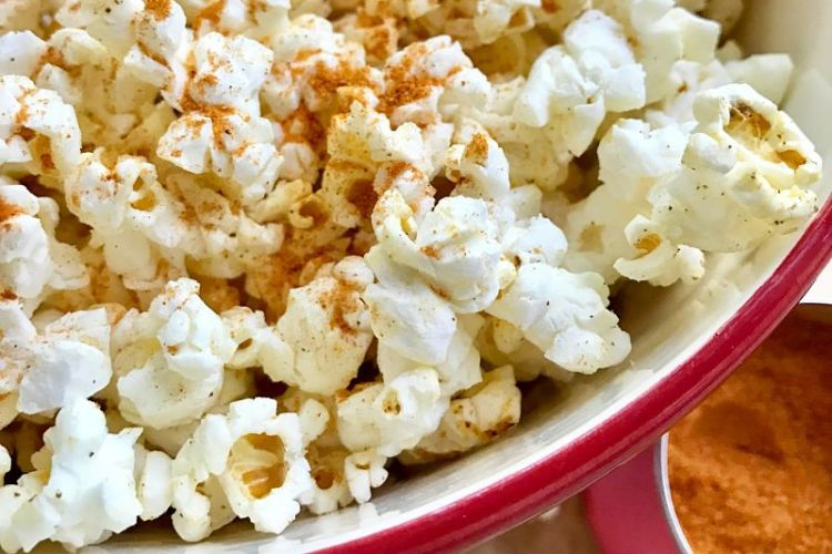 Easy Spicy Air Popped Popcorn