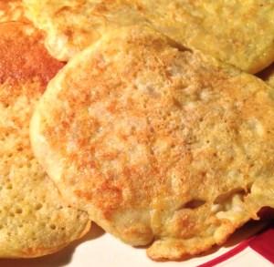 Light pancakes with banana