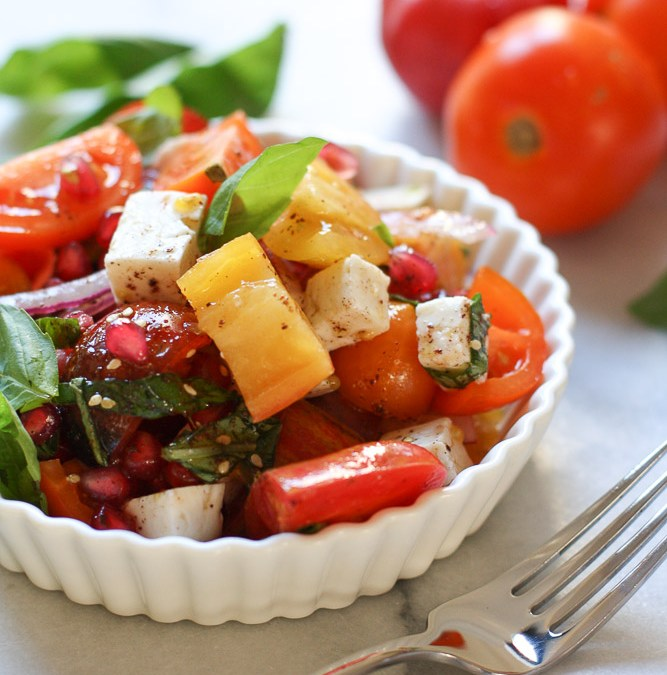 Tomato Pomegranate Salad