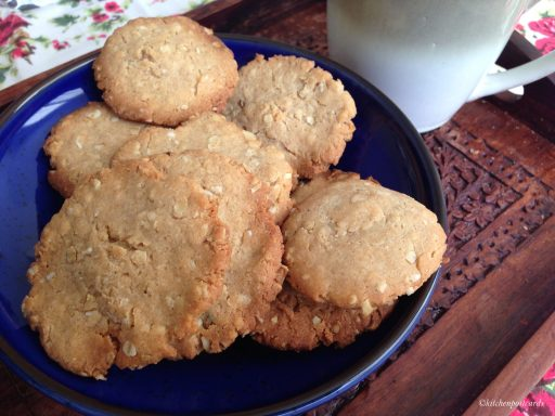 Whole Wheats Biscuits, atta biscuits baked at home with oats.