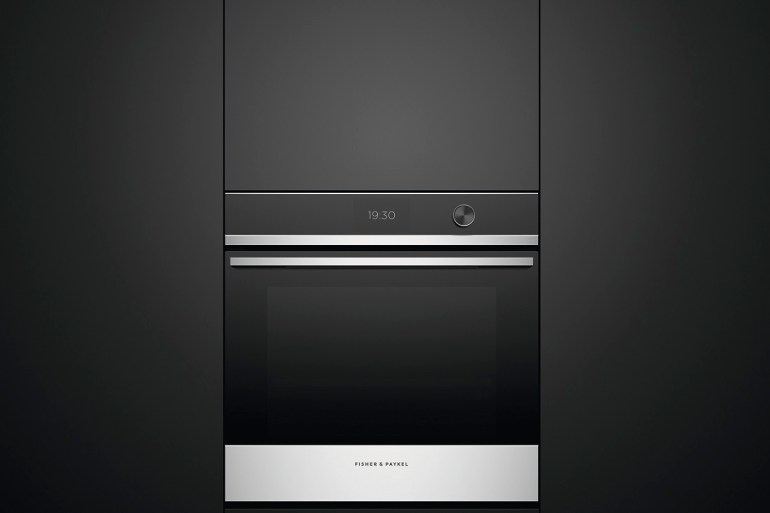 Touch screen oven