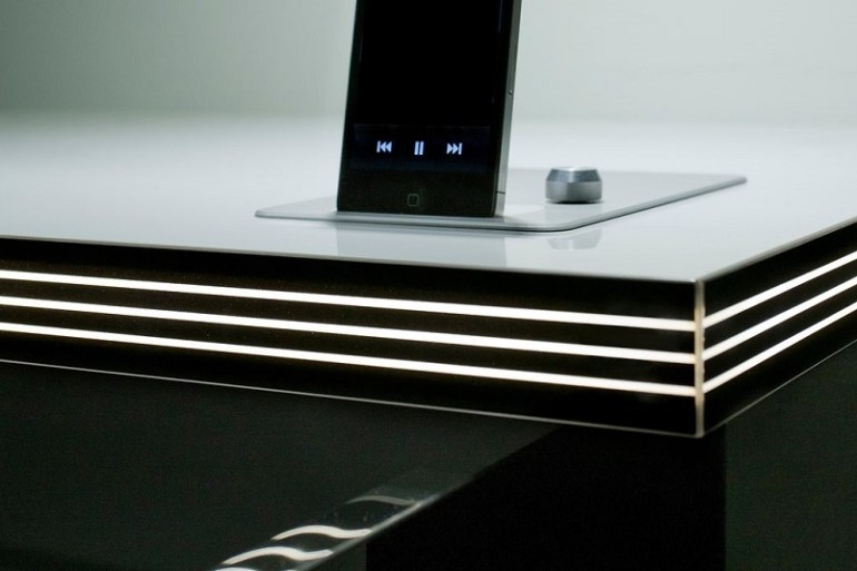 Rehau zero-joint tech and online board matching