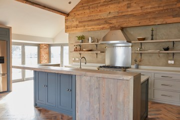 Reclaimed wood moor Monkton