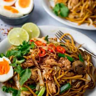 Saucy Asian Noodles