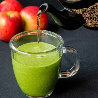 Hot green smoothie – Week 1 of my hot smoothie Saturday series for October