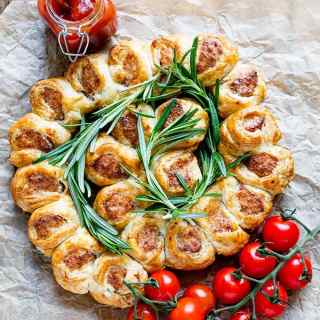Tear and Share Sausage Rolls