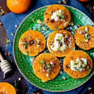 These Brown Sugar Glazed Clementines with Cream Cheese, Honey and Pistachios make a surprisingly quick breakfast!