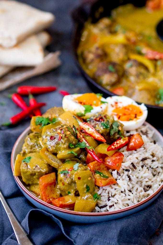 This Chinese Style Curry with Juicy Meatballs makes a great, comforting dinner. Serve with cauliflower rice for a lighter dinner!