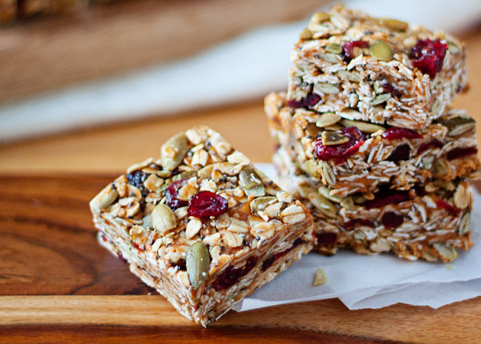 No Bake Peanut Butter Granola Bars With Cranberries