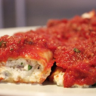 Manicotti with Meat Sauce