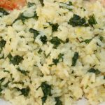 Rice with saffron, shallot and kale
