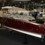 Hochglanzpolierte, teure Yacht