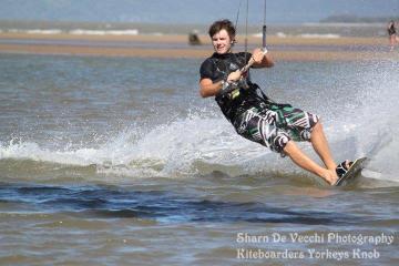 Kitesurfing - Kiteboarding Cairns Australia KBC