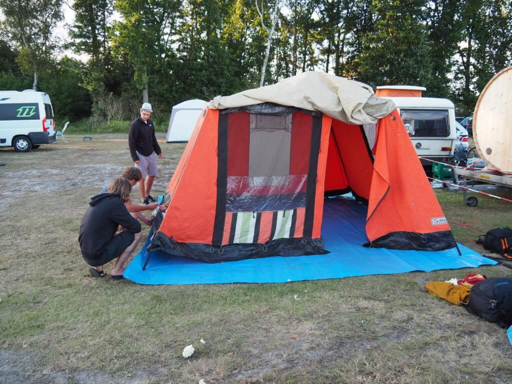 """""""Das Zelt"""""""
