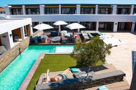 Pool and deck at Windtown SA