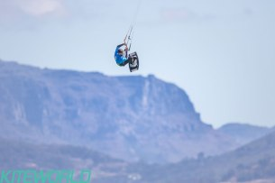 Marc Jacobs was one of the few riders unhooking as the gusts grew ever stronger - Image: BERTUS