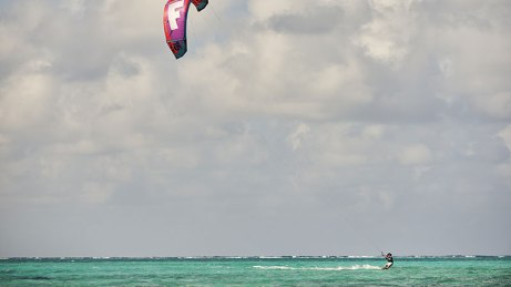 Cayman Islands kitesurfing