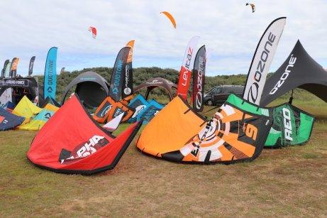 Ozone demo kites