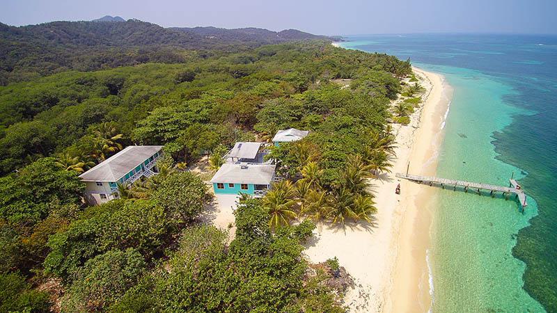 Roatan Honduras Kitesurfing Travel Guide